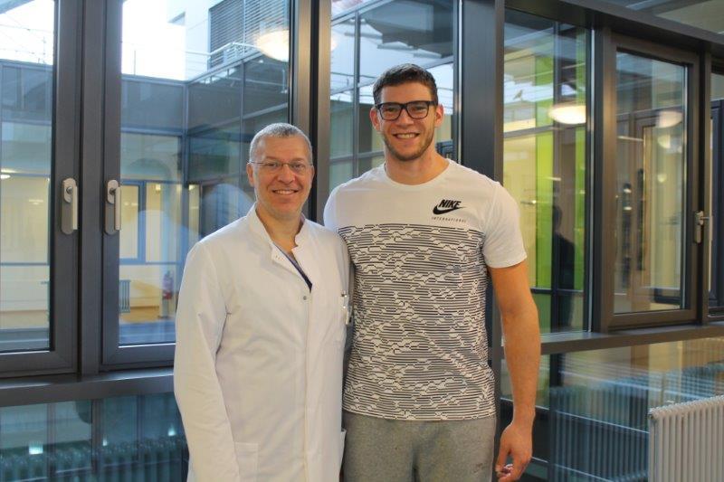 Dr. Boris Hollinger zusammen mit Speerwurf Spezialist Andreas Hofmann