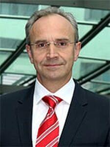 Dr. med. Johannes Wawer Matos